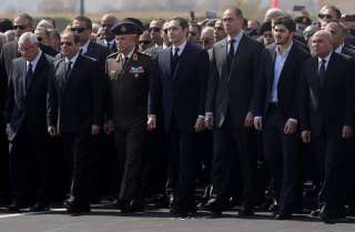 مبارك ينتصر مجدد ا.. وهو ميت..!!