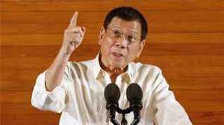 رئيس الفلبين يطالب بقتل مخالفي إجراءات العزل
