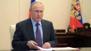 بوتين يقرر الإبقاء على إجراءات العزل الصحي حتى شهر مايو لمنع انتشار فيروس كورونا
