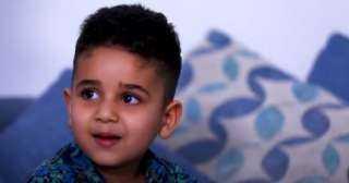 """ابن الشهيد باسم فكري بعد استقباله هدية السيسي: """"بحبك يا ريس.. وبابا وحشني"""""""