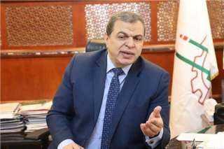 وصول  6 رحلات طيران تقل  930 عاملا مصريا من العالقين بالكويت..اليوم
