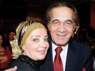 ثورة غضب داخل اسرة الفنان محمود ياسين بسبب شائعة وفاته