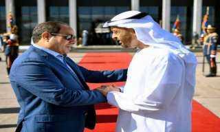 السيسى يهنئ بن زايد بخطوة السلام التاريخية التى قامت بها الإمارات
