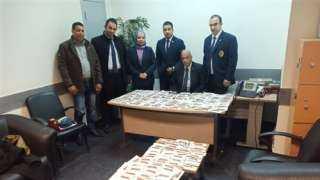 إحباط محاولة تهريب كمية من المستلزمات الطبية بمطار القاهرة
