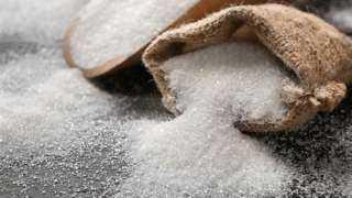 قرار بمنع استيراد السكر دون موافقة وزيري التجارة والتموين