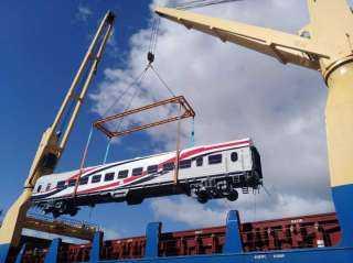 وصول 19 عربة سكة حديد جديدة للركاب إلى ميناء الإسكندرية