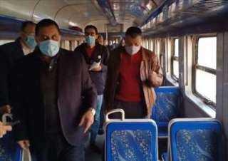 """رئيس """"السكة الحديد"""" يتابع سير العمل بعدد من المحطات"""