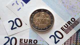 تراجع سعر صرف اليورو في مصر مقابل الجنيه اليوم الثلاثاء