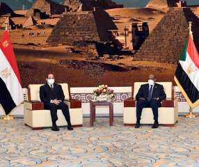 التفاصيل الكاملة للقمة المصرية-السودانية فى الخرطوم
