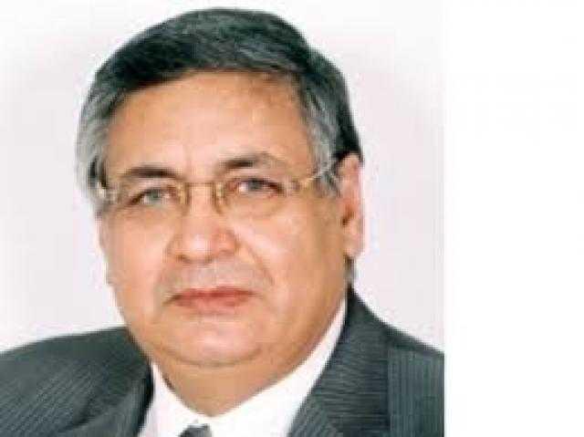 مستشار الرئيس يحذر من تزايد إصابات كورونا