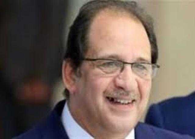 اللواء عباس كامل يصل ليبيا لدعم استقرارها
