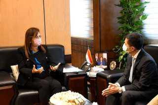 وزيرة التخطيط تبحث مع السفير التايلاندي بالقاهرة مجالات جذب المستثمرين التايلانديين للاستثمار في مصر.